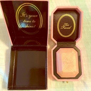 Too faced diamond light highlighter! 💗💗